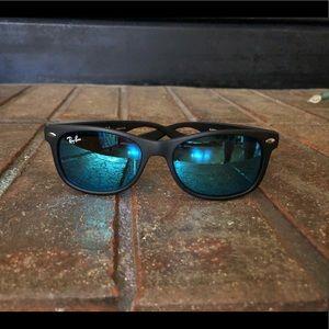 Ray-Ban Wayfarer Junior Sunglasses